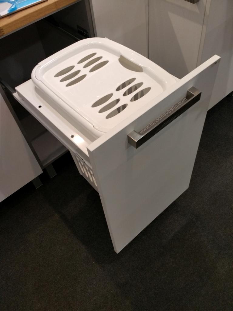 Cesto ropa extraible mueble tu cocina y ba o - Mueble ropa sucia ikea ...