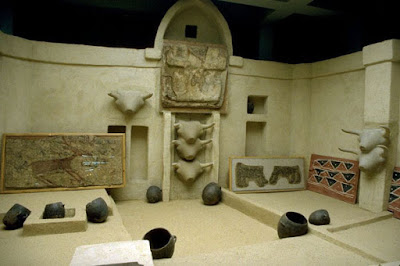 replica of neolithic shrine of catalhoyuk
