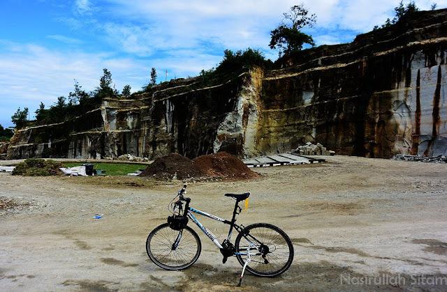 Sepeda kesayangan Monarch 1