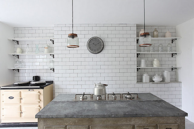 Kitchen design idea - Stove Cream Aga {Cool Chic Style Fashion}