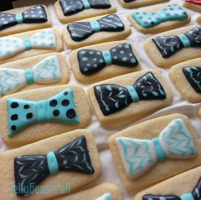 Sugar Cookies with Royal Icing bow ties recipe