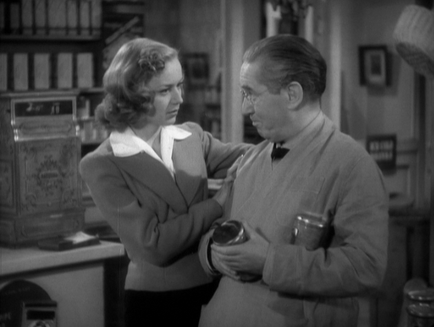 Anne Shirley and J.M. Kerrigan in Sorority House (1939)