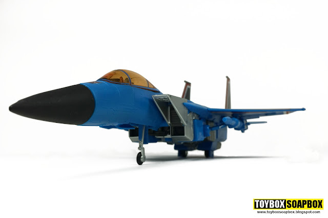 takara masterpiece thundercracker mp11