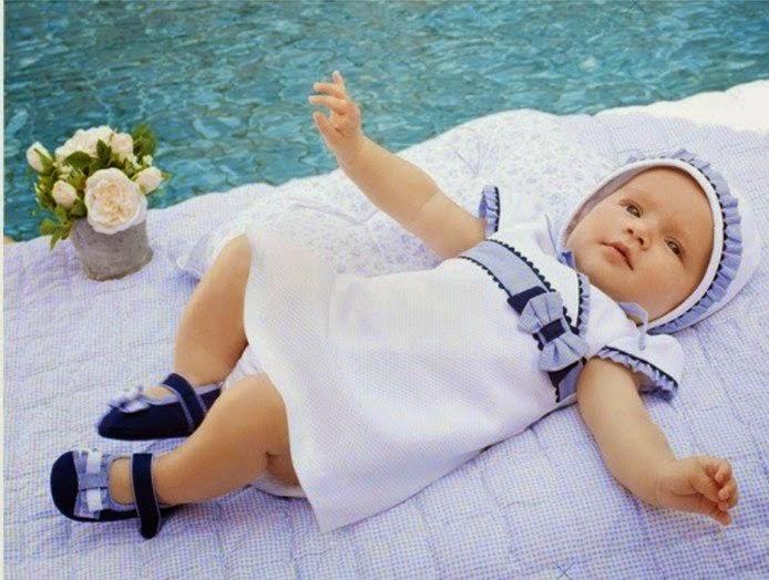 gambar bayi memakai kostum baby sister