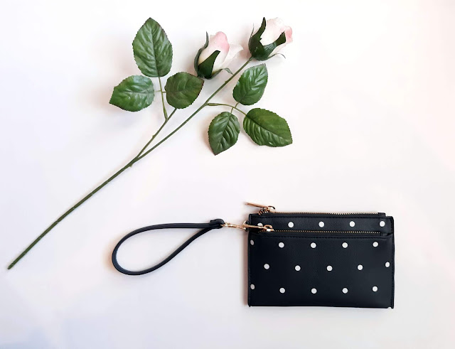 Your Guide to Purses + How to Add Them Into Your Capsule Wardrobe
