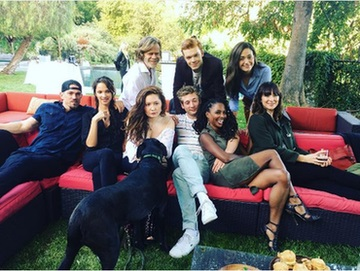 Shameless cast gathering