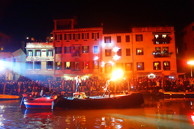 Míříte na Benátský karneval? Asi budete nemile překvapeni, benátský karneval 2019, zažijte benátky jako místní, benátky průvodce, kam v benátkách, co vidět v benátkách, benátky památky, benátky historie, kde se najíst v benátkách,