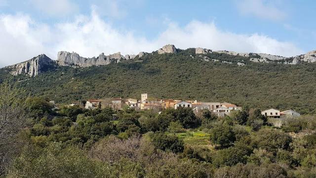 pueblo de Duilhac-sous-Peyrepetuse