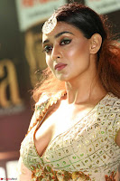 Apoorva in Cream Deep Neck Choli Ghagra WOW at IIFA Utsavam Awards 2017  (Telugu and Kannada) Day 2  Exclusive 16.JPG