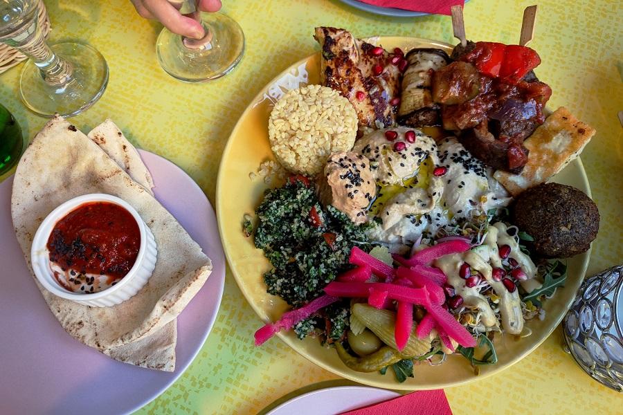 Hamra Czyli Egzotyczna Podróż Do Serca Libanu łódź You