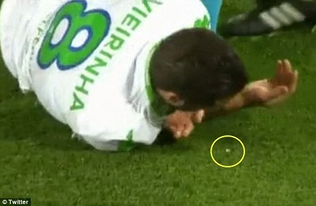 Popular Wolfsburg Football Star Loses Tooth in a Clash During Game Against Real Madrid (Photos)