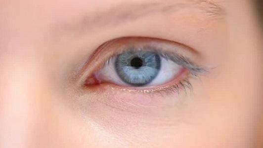 Göz Enfeksiyonu Neden Olur?