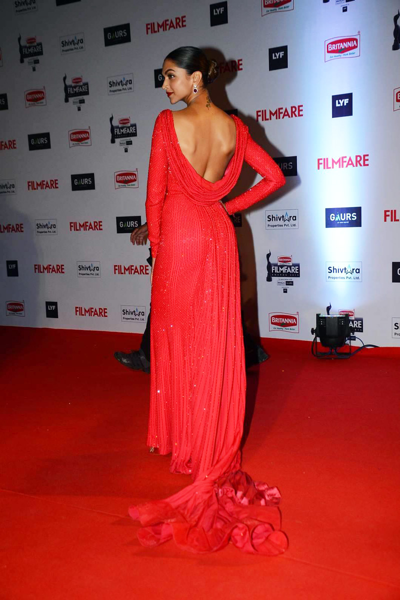 Deepika Padukone Photos In Red Dress