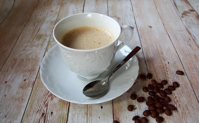 Jak zrobić kawę kuloodporną, czyli bulletproof coffee