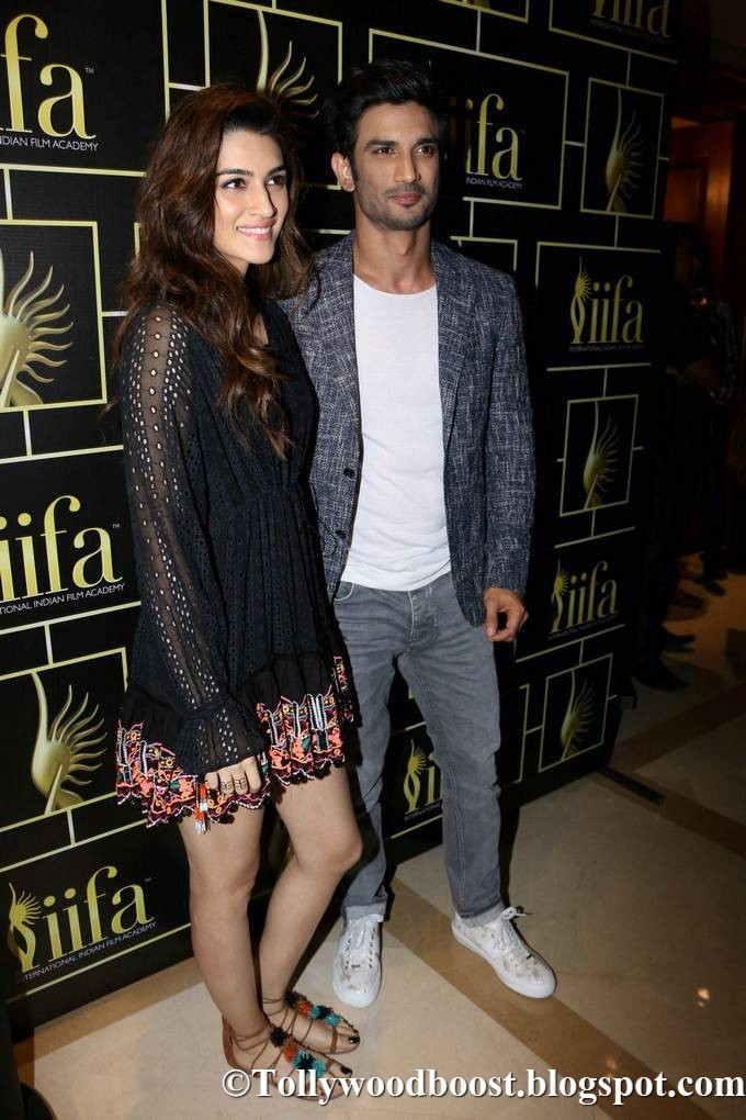 Bollywood Actress Kriti Sanon Stills At IIFA In Black Mini Skirt