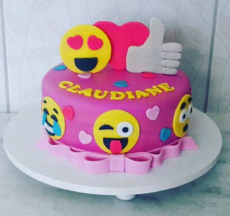 Chicas Cupcake Cake