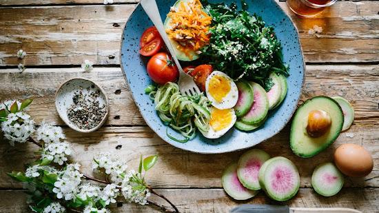 Más de 20 expresiones en portugués relacionadas con alimentos (+ traducción al español)