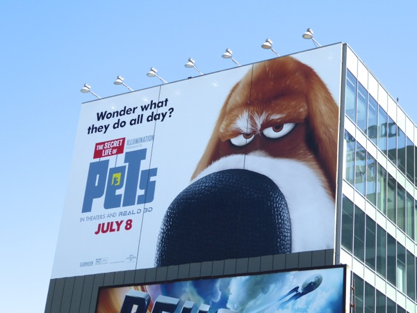 Secret Life of Pets giant Pops billboard