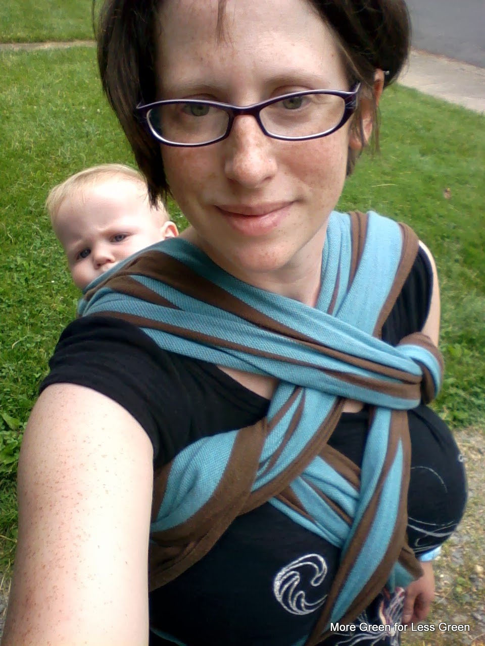 be5fcba3b95 Babywearing helps keep baby in on the outdoor action