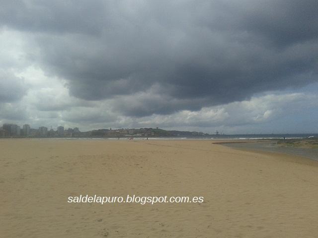 nubes-negras-sobre-gijon