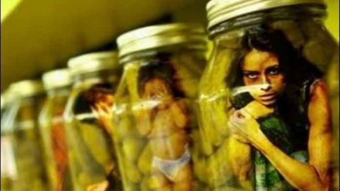 ننشر لكم اعترافات مثيرة لــ ضحية فى تجارة الأعضاء .. والدتى أرغمتني على ممارسة الرزيلة . اليكم التفاصيل