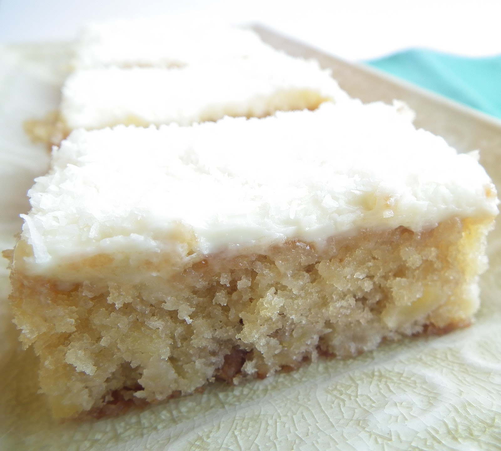 Sugabuttacream: Moist And Light Banana Cake