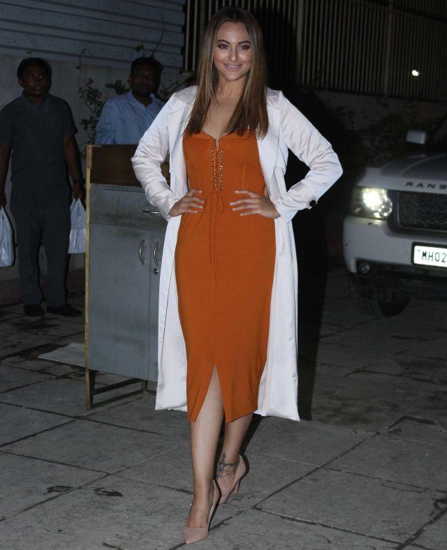 Sonakshi Sinha At Arbaaz Khan Birthday Celebrations Mumbai