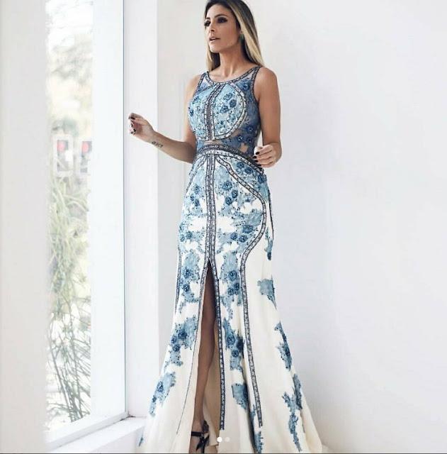 vestido de festa estampado azul