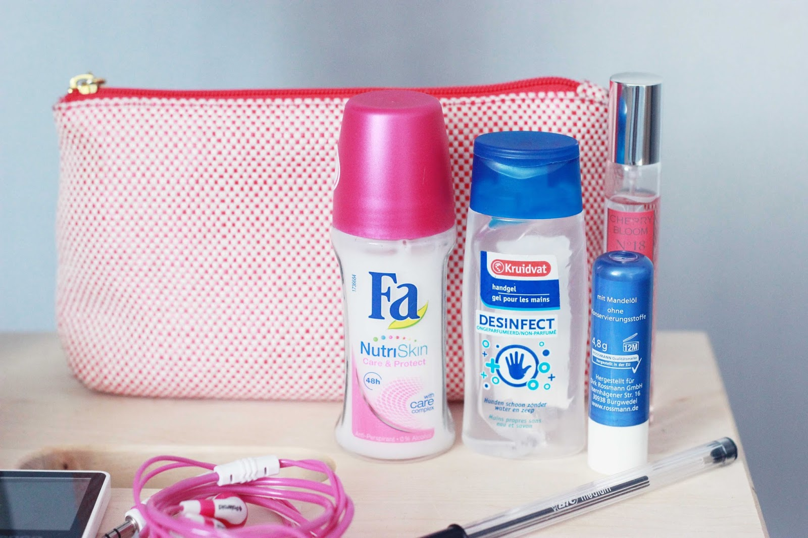 d7d8e308adc Nieuwe Invito tas uit de sale + what's in my bag? - The Budget Life ...