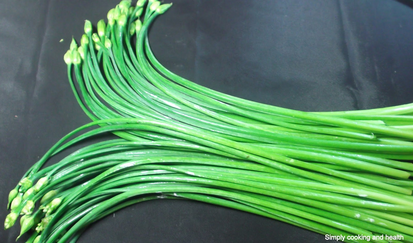 Simply Cooking And Health Onion Flower Stalk Stir Fry With Carrot