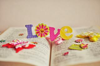 Kata Kata Romantis Cinta dari berbagai Bahasa