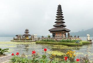 10 Destinasi Wisata Pantai Paling Indah di Bali