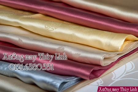 """alt="""" vải lụa tơ tằm may áo dài"""""""