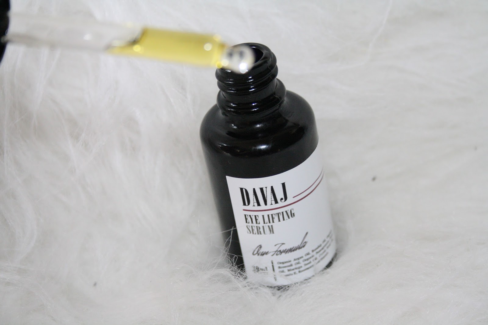 Davaj Eye Serum