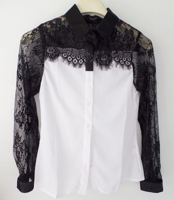 black-and-white-blouse