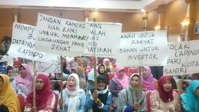 Ratusan Warga Jombang Demo Tolak Pengeboran PT. Lapindo Brantas
