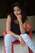 Shreya Vyas new glamorous photo session-thumbnail-7