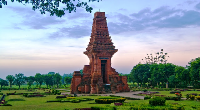 Soal Sejarah : Kerajaan Hindu Buddha di Indonesia dan Kunci Jawaban Versi 1