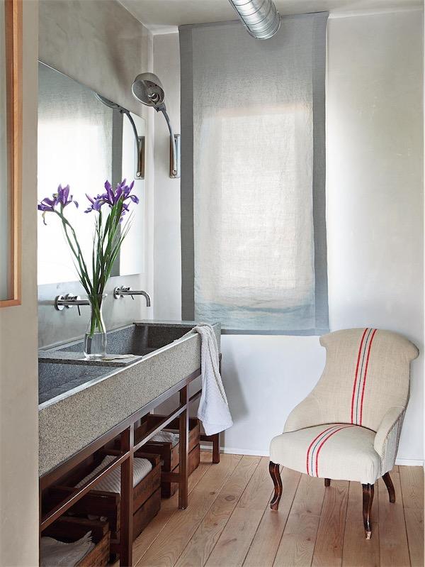 mueble de hierro con patina oxidada chicanddeco