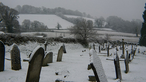 Snowy graves in Chudleigh