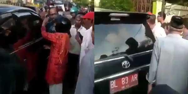 Istri Pergoki Suami Selingkuh di Mobil Plat Merah