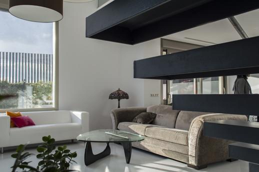 Escaleras-Voladas-Casas-Lujosas-ACGP Arquitectura