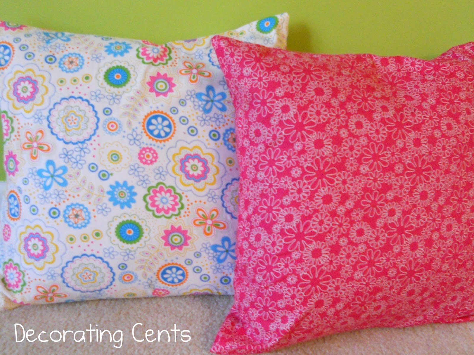 Decorating Cents: Sweet Girl's Room: No Sew Pillows