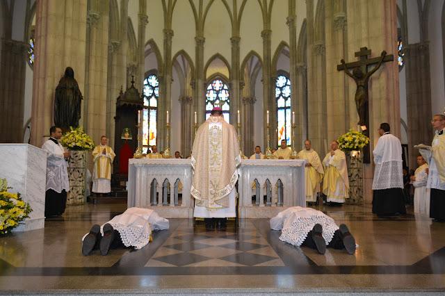 Foto: Ordenação diaconal - Diocese de Petrópolis