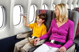 Những lưu ý quan trọng khi cho trẻ đi máy bay