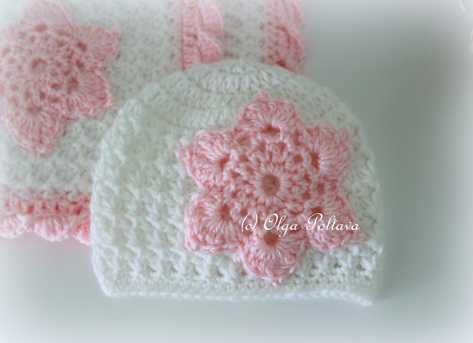 Crochet Star Stitch Hat Free Pattern : Lacy Crochet: Star Stitch White and Pink Baby Set, Baby ...