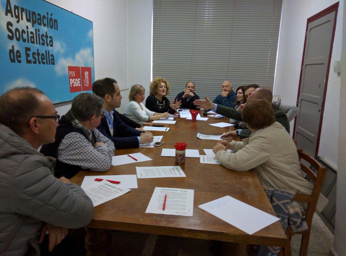 Encuentro de Socialistas de Tierra Estella sobre Escuela Rural