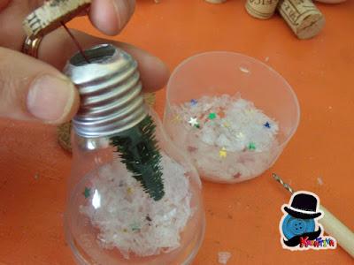 come personalizzare la tua tavola di natale con lampadine creative