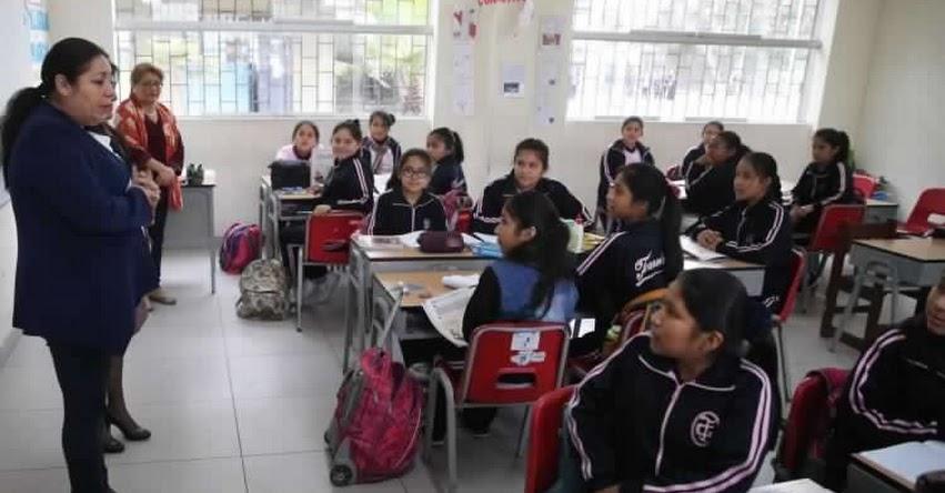 CONFIRMADO: Este año habrá concurso para nombrar 38 mil plazas docentes, anunció el presidente del Consejo de Ministros, César Villanueva