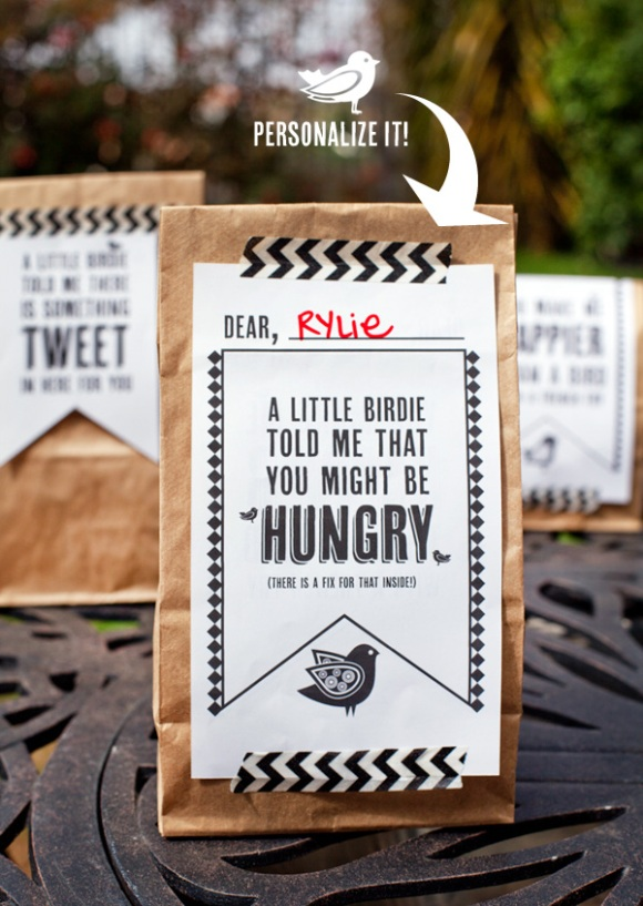 Free Printable Lunch Bag Labels - via BirdsParty.com